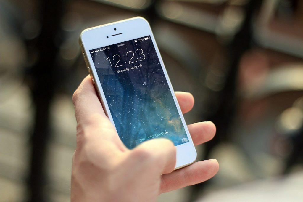 Jaki Smartfon do 1000 zł wybrać Zobacz najlepsze modele (2019)